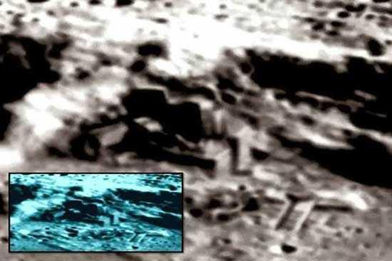 база инопланетян на Луне