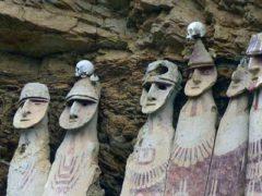 Удивительные 600-летние саркофаги из Перу.