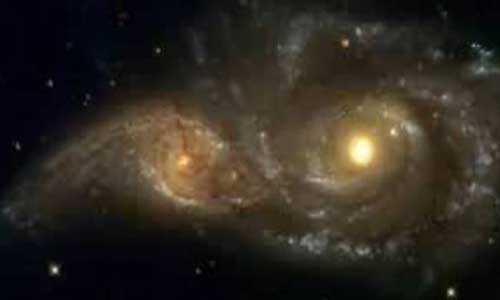 галактики практикуют каннибализм