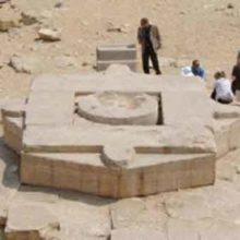Звездные врата спрятаны в солнечном храме Абу-Гораба.