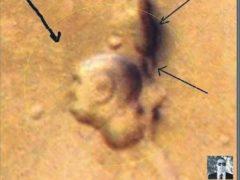 Исследователь Маттео Яннео обнаружил второе лицо на Марсе.