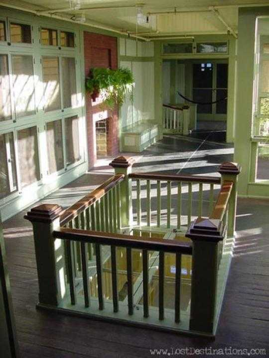 фото замкнутых лестниц