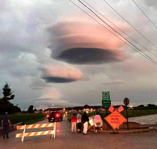 Настоящие НЛО летали в небе Техаса