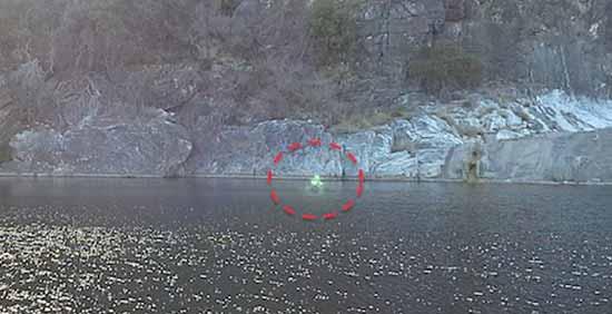 Призрак или зеленый человек из Техаса прошёлся над водой
