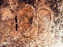 Древние астронавты оставили записи в пещерах Индии.
