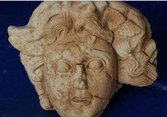 Мраморная голова Медузы Горгоны нашлась на юге Турции