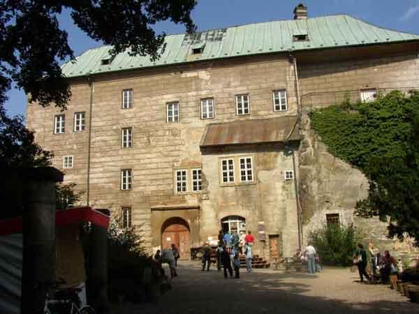 Замок Гоуска в Чехии, врата в Ад и доказательство существования дьявола